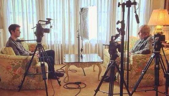 双机位拍摄访谈片的角度与位置