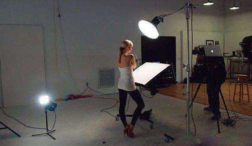 电视摄像运用光线照明技术6:造型光和布光技巧