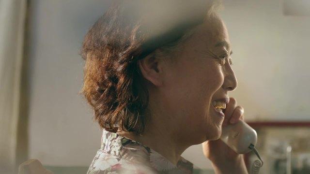 唐山银行 -《母子篇》- 麻雀创意制作