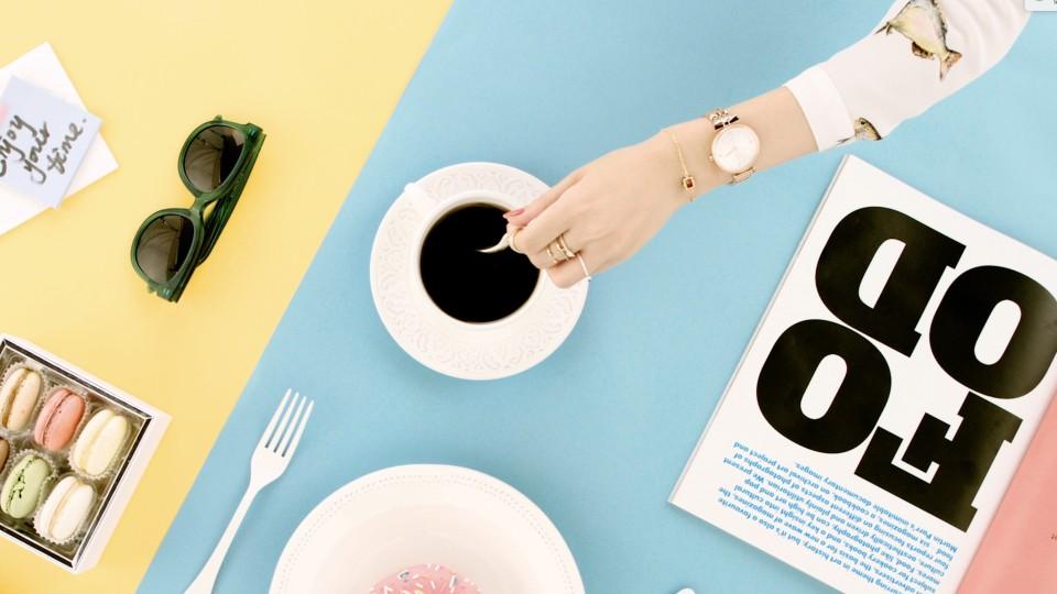 飞亚达手表糖果色广告